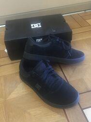 Кросівки чорні з нубука D&C 38 розмір