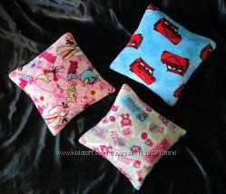 Подушка детская  махра  Angry Birds Птички Cars Тачки Hello Kitty подарок