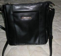 стильная универсальная сумочка на плечевом ремне