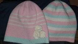 Комплект из 2 шапочек для девочки 1-2 года на осень-весну