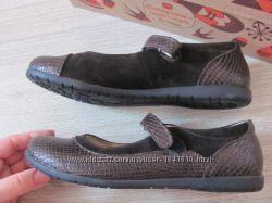 Новые кожаные туфли 22см