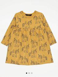 Стильне плаття для дівчики.
