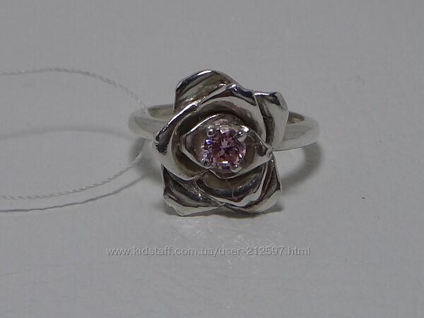 Серебряное кольцо с цветным цирконием р. 16. 5