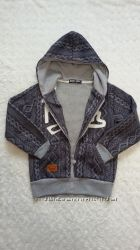 Тёплая толстовка, худи, куртка на молнии с капюшоном для мальчика. 134-140.