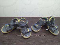 Новые кожанные босоножки сандали Creeks 18 размера
