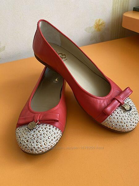 Туфли на девочку, р.35