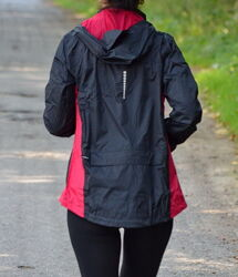 Куртка ветровка жіноча фірми crivit