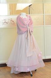 Эксклюзивное платье из натурального шелка  29 роз р. от 128