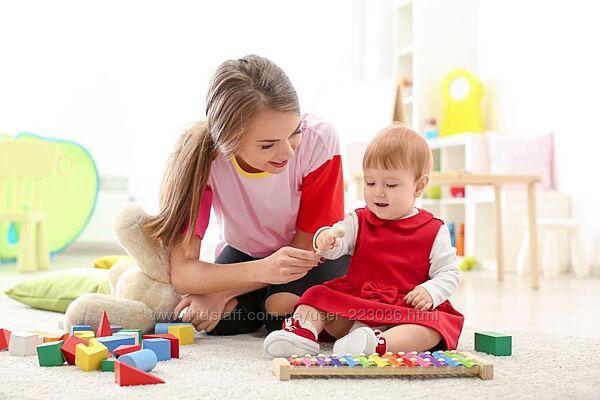 Ищу няню- помощницу маме для девочки 11 месяцев в пгт. Чабаны