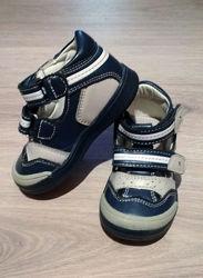 Демисезонные ботинки Tom. m