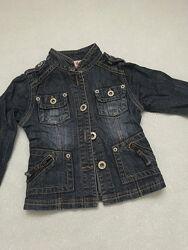 Джинсова курточка, для дівчинки. На 4роки.102см.