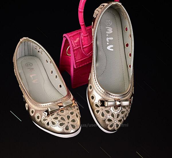 Красивые стильные туфли балетки в наличии 31-36размер качество супер