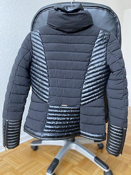 Куртка демисезонная Guess непродуваемая непромокаемая легкая