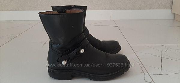Ботинки для девочки 9-10 лет