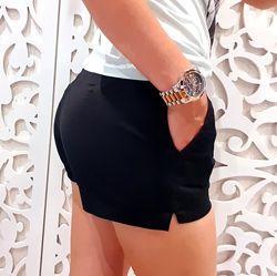 Крутые Шорты XS / S короткие черные косые карманы бренд H&M Швеция