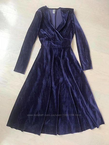 Бархатное платье р. S