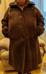 Дубленка женская, коричневая, натуральная овчина, Турция, разм. XXXL.
