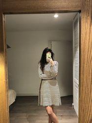Платье в полоску из плотного трикотажа