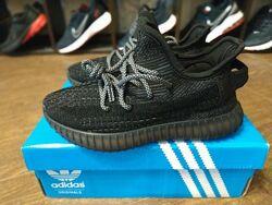 Кроссовки Adidas Yeezy