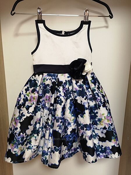 Нарядное платье для девочки, праздничное