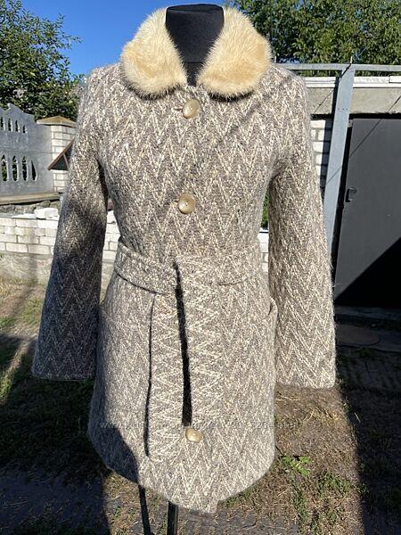 Женское тёплое пальто