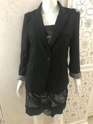 Чёрный натуральный пиджак с металической аппликацией zara