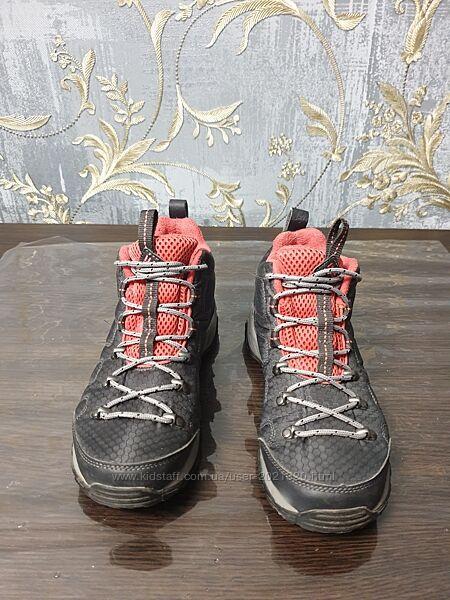 Женские демисезонные ботинки Columbia
