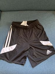 Плавательные шорты adidas. Оригинал. Наши. Состояние новых. 128-134