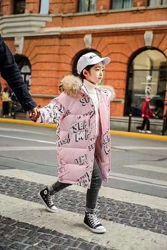 Очень стильный детский натуральный пуховик. Зимнее теплое пальто