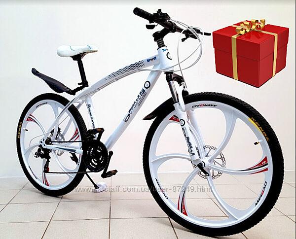 Велосипед на литых дисках в стиле BMW