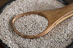 Белые семена Чиа Боливия - источник растительного белка и омега-3