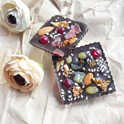 Шоколад, конфеты, медианты, фигурки ручной работы на Пасху